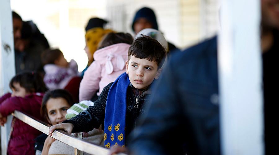 UK govt rows back on Syria child refugee pledge