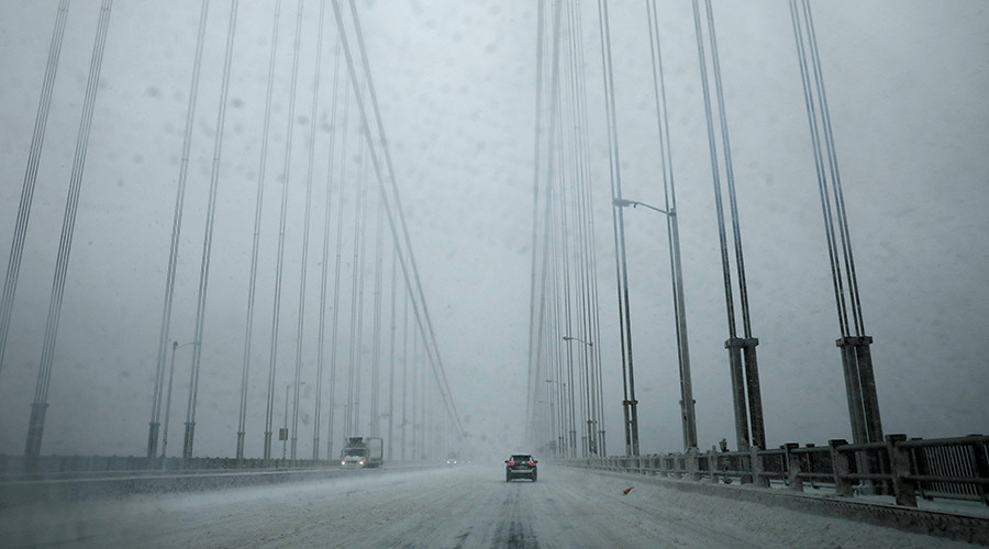 Snowstorms in Northeast ground 1,000's of flights nationwide