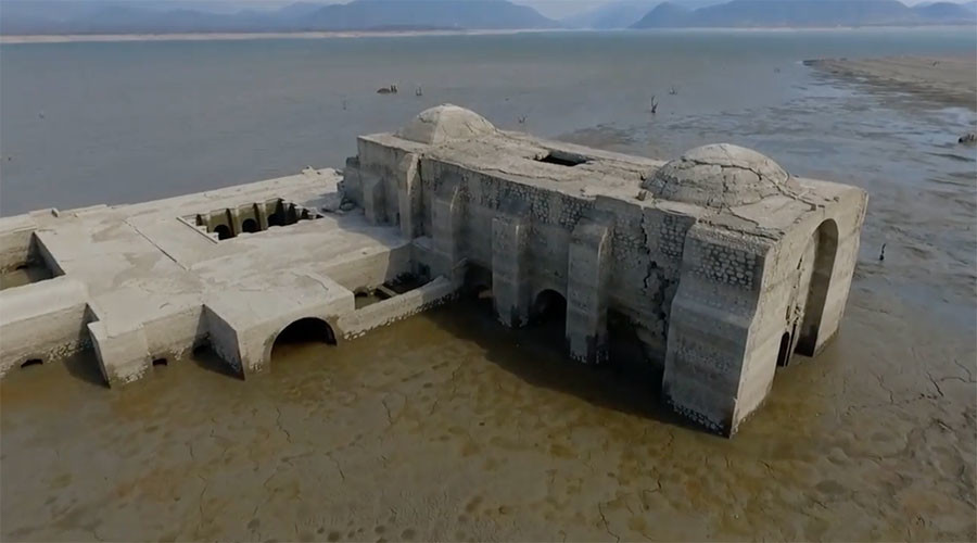 Divine revelation: Drought exposes submerged 16th century Mexican church (VIDEO)