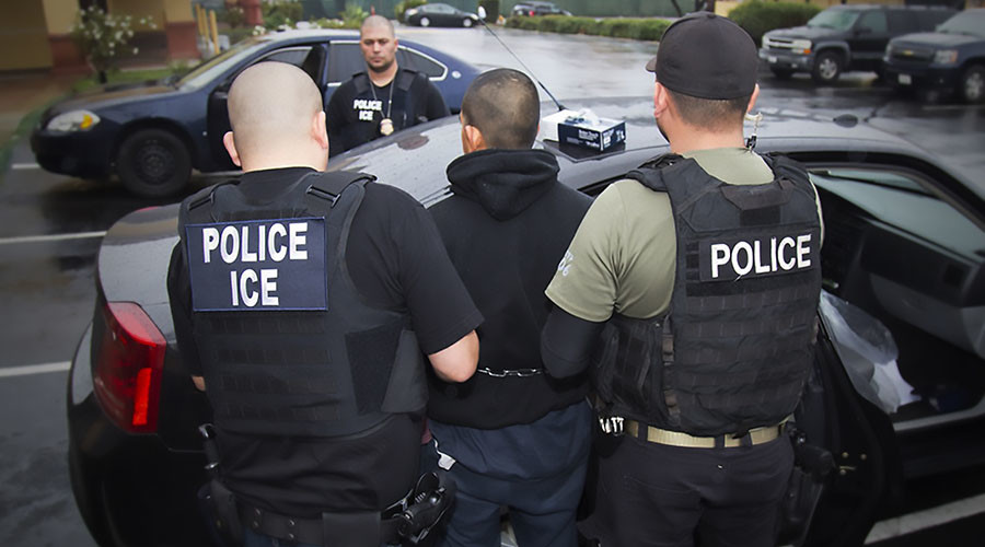 Feds arrest 680+ undocumented migrants in week-long sweep