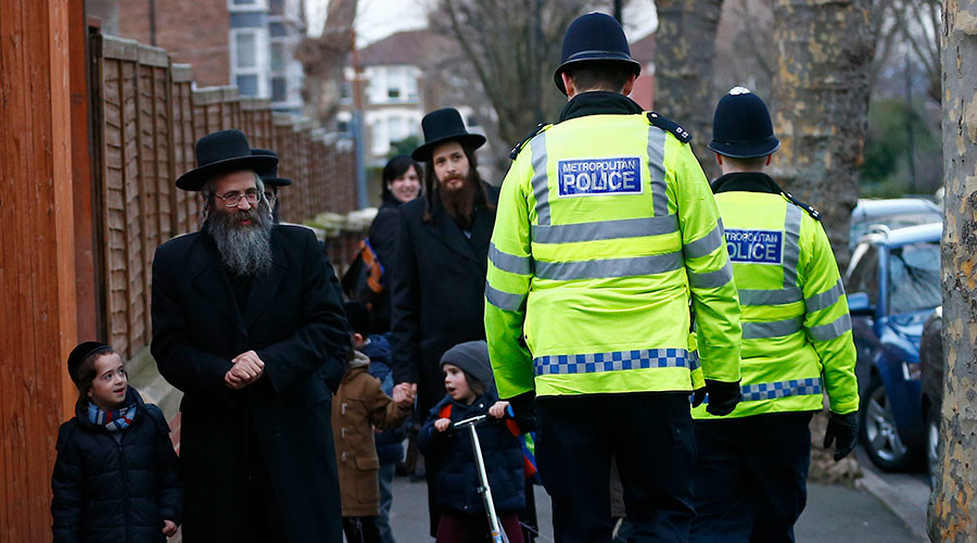 Haredi Jews vs. EasyJet: Rowdy ultra-Orthodox wedding party causes 'bedlam' on-board