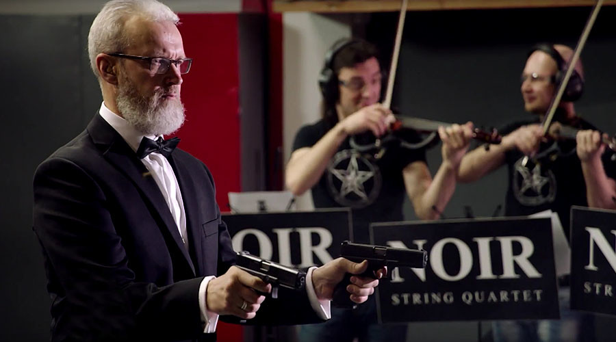 Killer classics: Russian shooter performs Strauss with guns (VIDEO)