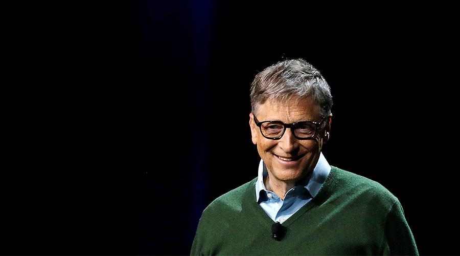 Robots that take human jobs should pay taxes - Bill Gates