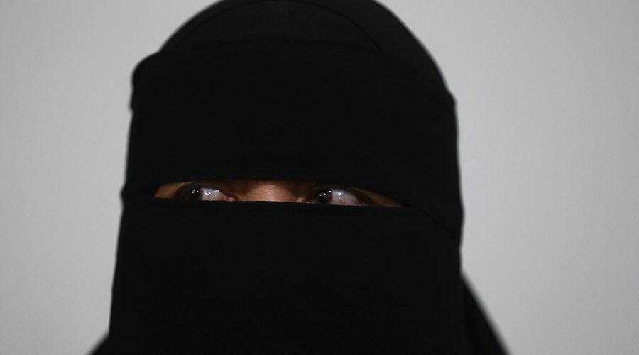 Bavarian govt proposes burqa ban for civil servants & in public places