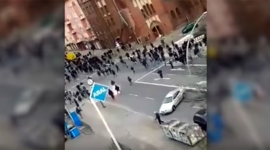 Football hooligans brawl on Berlin streets, up to 40 arrested (VIDEO)