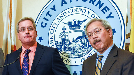 San Francisco City Attorney Dennis Herrera (L) and Mayor Ed Lee © Kate Munsch / Reuters