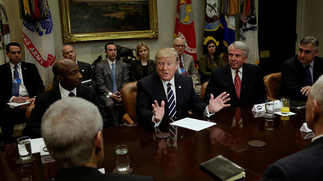 US President Donald Trump meets with Pharma industry representatives at the White House in Washington, January 31, 2017 © Yuri Gripas