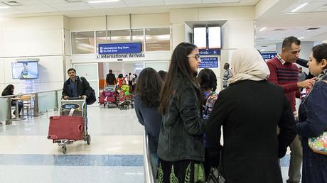 International travellers arrive at Dallas/Fort Worth International Airport in Dallas, Texas, U.S. February 4, 2017 © Laura Buckman