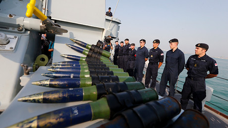 British Royal Navy onboard HMS Middelton © Hamad I Mohammed
