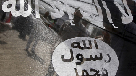 "A Salafist flag reading in Arabic: ""There is no God but Allah, and Mohammed is his prophet.""© Amr Dalsh / Reuters"