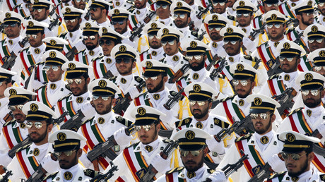 Members of the Iranian Revolutionary Guards © Stringer Iran