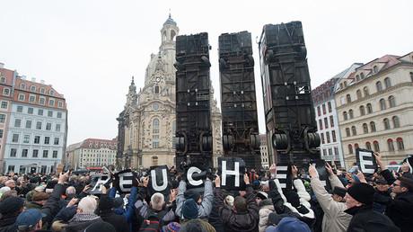 Dresden memorial to Aleppo sparks controversy & protests