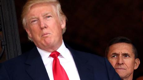 U.S. Army Lieutenant General Michael Flynn and U.S. President-elect Donald Trump © Carlos Barria