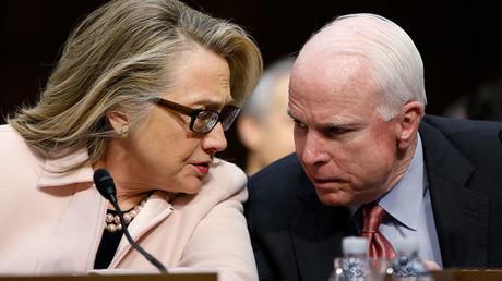 Hillary Clinton and  John McCain © Jonathan Ernst