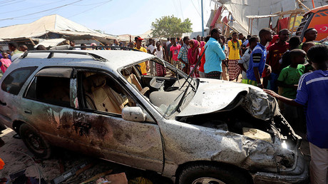 Suicide car bomb kills at least 18, injures up to 25 in Somali capital