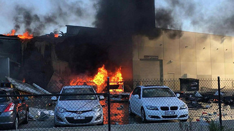 Plane crashes into shopping mall in Melbourne, killing 5