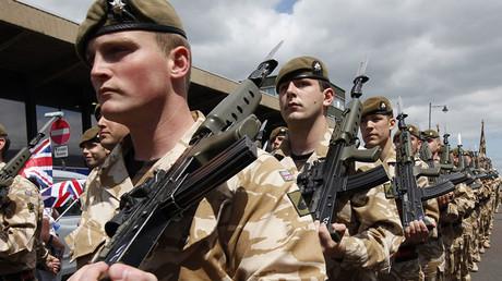 British Army soldiers. ©Suzanne Plunkett