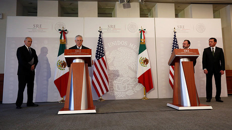 US Secretary of State Tillerson speaks as Homeland Security Secretary Kelly and Mexico's Foreign Minister Videgaray and Interior Minister Osorio Chong listen in Mexico City © Carlos Jasso