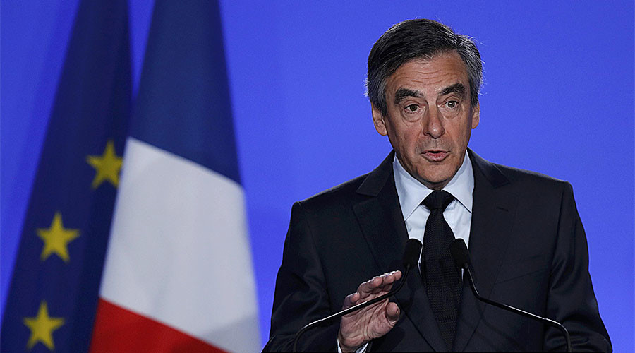 'Fillon has to take the role of victim to survive French presidential race'