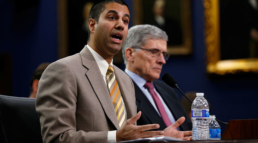FCC blocks internet privacy regulations