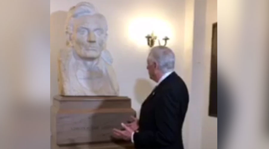 Politicians talk to statue, lug around photocopier in search of 'secret' Obamacare replacement bill