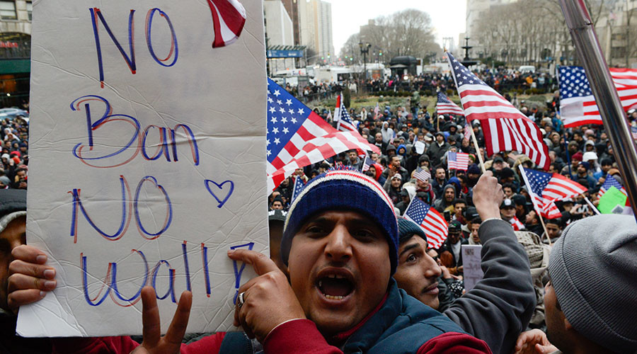 Iraqi government 'deeply relieved' at US travel ban exemption