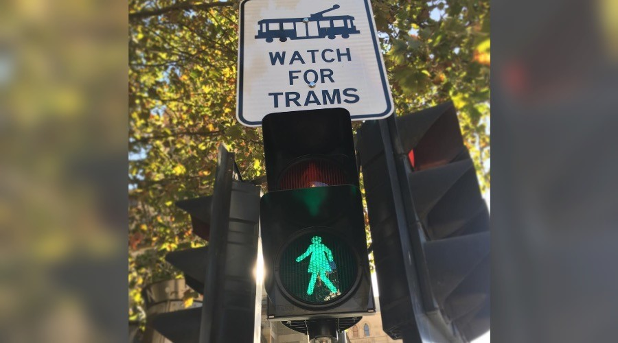 Walk this way: Female traffic lights receive mixed signals in Melbourne (PHOTOS)
