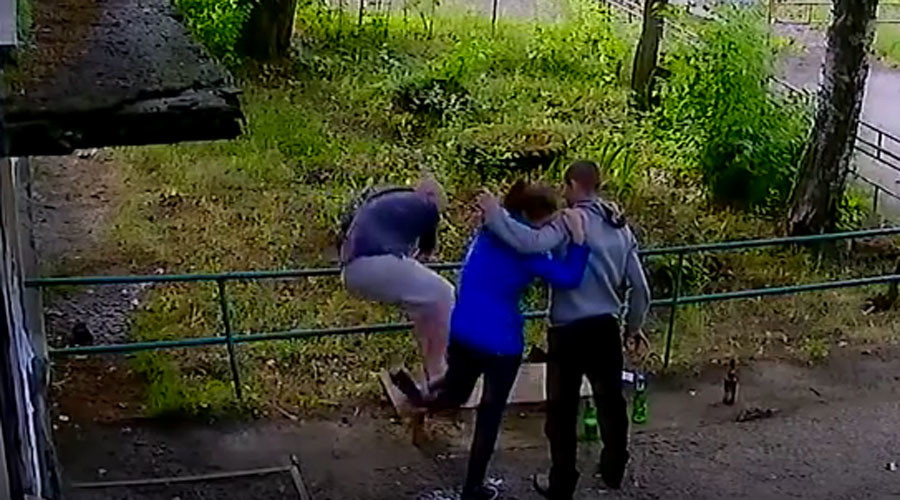 Those Russians! Drunk man breaks young woman's leg… after she asks him to (GRAPHIC VIDEO)