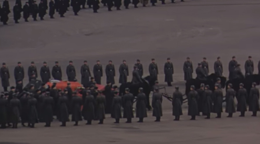 Unique, uncensored color footage of Stalin's funeral shot by US diplomat unearthed (VIDEO)