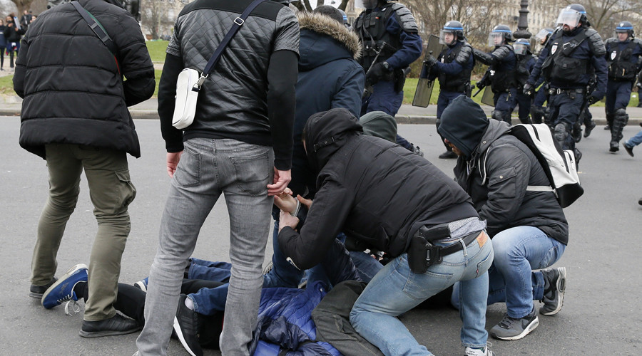 School's out! French police use tear gas as 'state violence' protests spread to schools