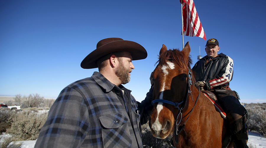 Jury splits conspiracy convictions in 2nd trial of Oregon wildlife refuge armed standoff