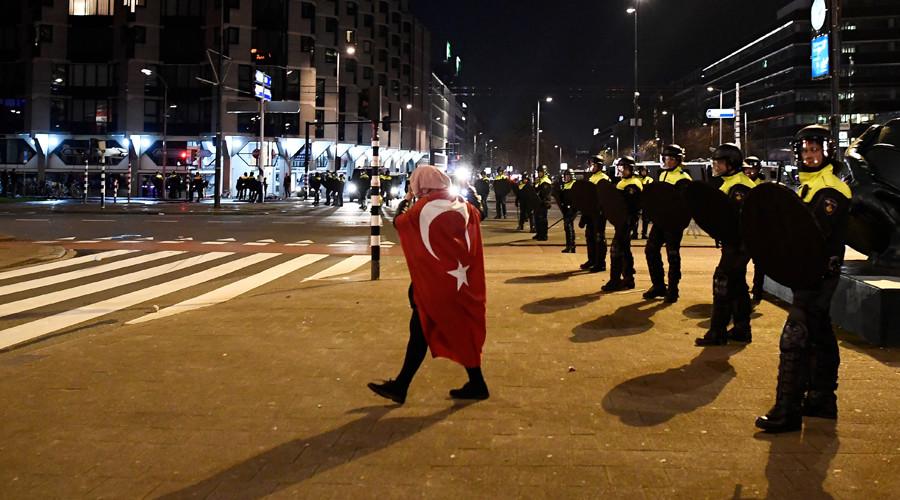 Turkey accuses EU of 'selective democracy & xenophobia' in rally row