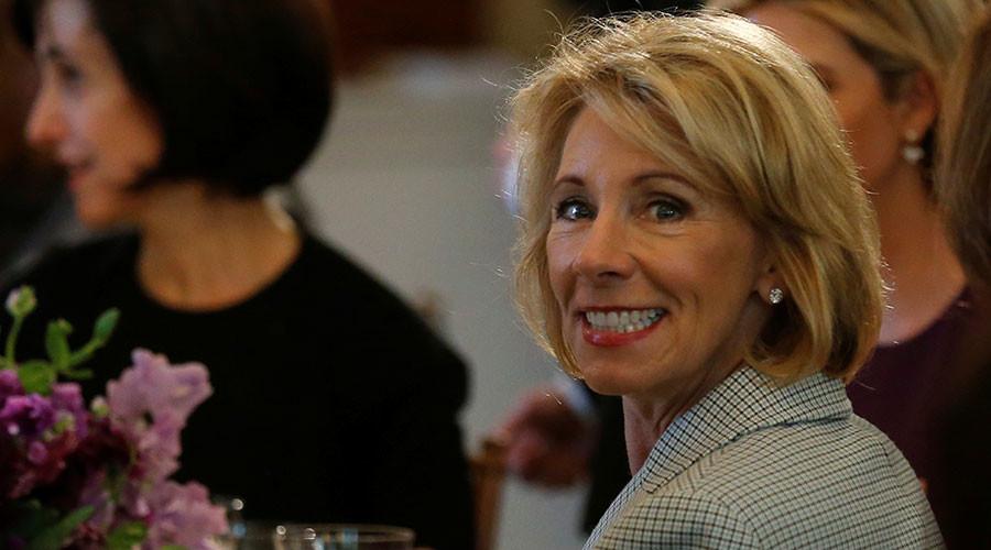 Education Secretary DeVos weakens school accountability law