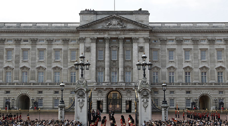What austerity? Taxpayer-funded £369mn Buckingham Palace renovation approved