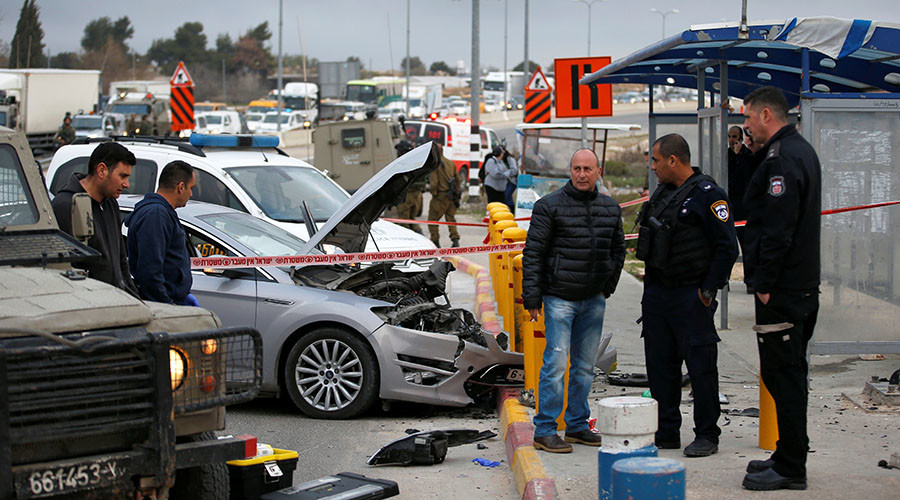 IDF shoot 16yo Palestinian girl after alleged car ramming attempt (VIDEOS)