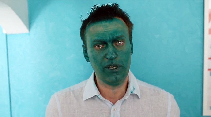 Opposition figure Navalny attacked with antiseptic dye