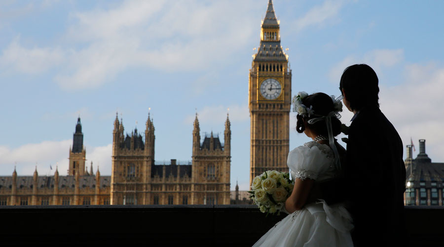 EU won't punish UK over Brexit, but divorce will cost Britain £50 billion - Juncker