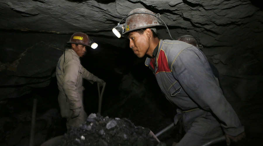 El Salvador says no to gold to become 1st country to ban metal mining