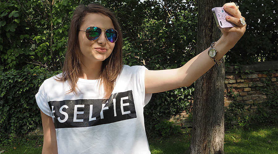 Are selfies art? New Saatchi exhibition says they are