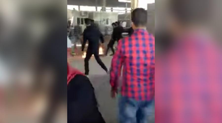 Syrian migrant sets himself ablaze at Greek refugee camp (GRAPHIC VIDEO)
