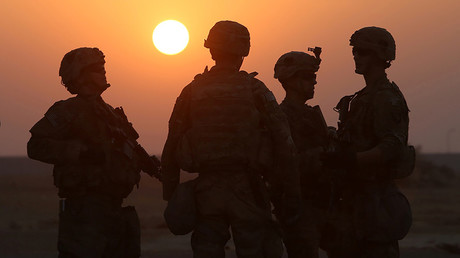FILE PHOTO: American soldiers are seen at the U.S. army base in Qayyara, south of Mosul © Alaa Al-Marjani