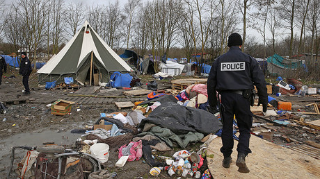 FILE PHOTO: A refugee camp in Grande-Synthe, near Dunkirk, northern France © Pascal Rossignol