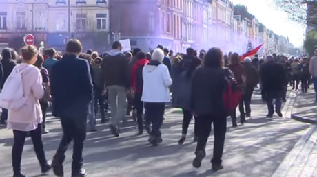 Hundreds rally against Le Pen and National Front in Lille