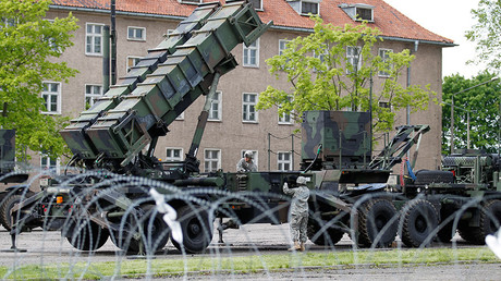 FILE PHOTO: US Patriot surface-to-air missile battery at an army base in Morag, Poland May 26, 2010 © Peter Andrews