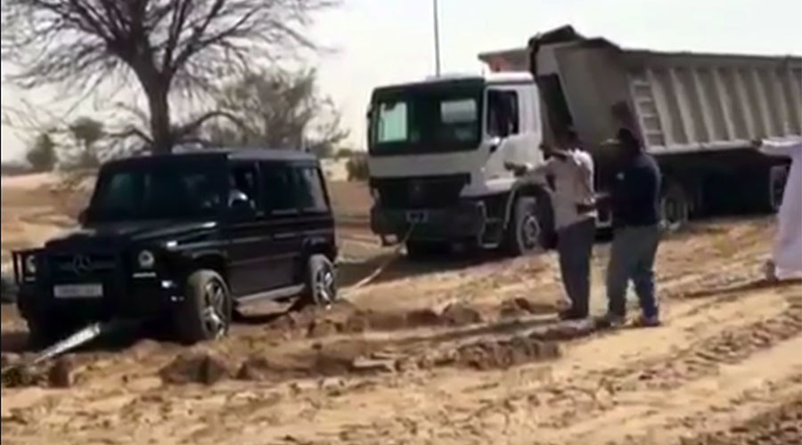 Dubai's Crown Prince uses luxury Mercedes to help rescue dump truck (VIDEO)