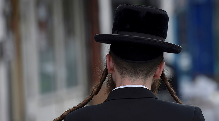 'We know where you live': Swedish Jewish center closed after Nazi threats
