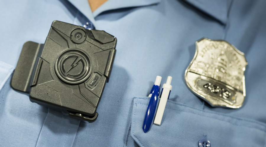 Taser rebranding offers free bodycams for US police