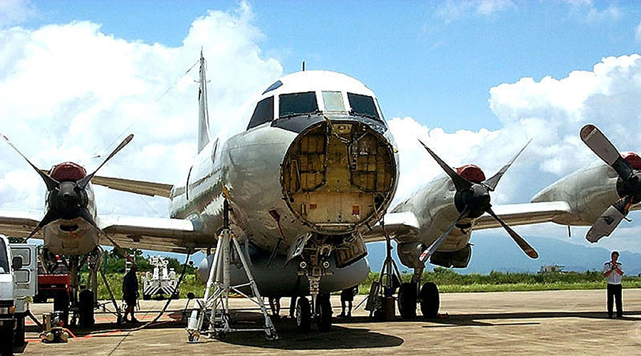 Snowden docs expose 'emergency destruction' flaws over 2001 US spy plane landing in China