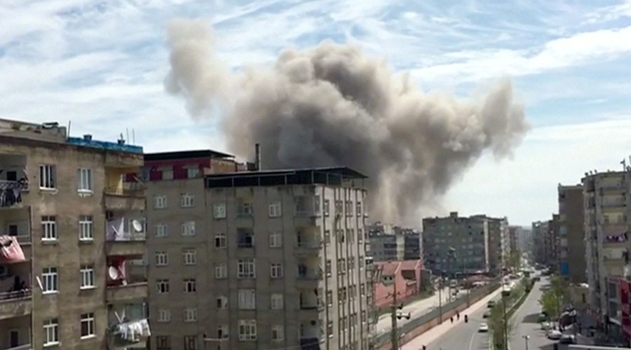 Explosion hits police compound in southeastern Turkish city of Diyarbakir