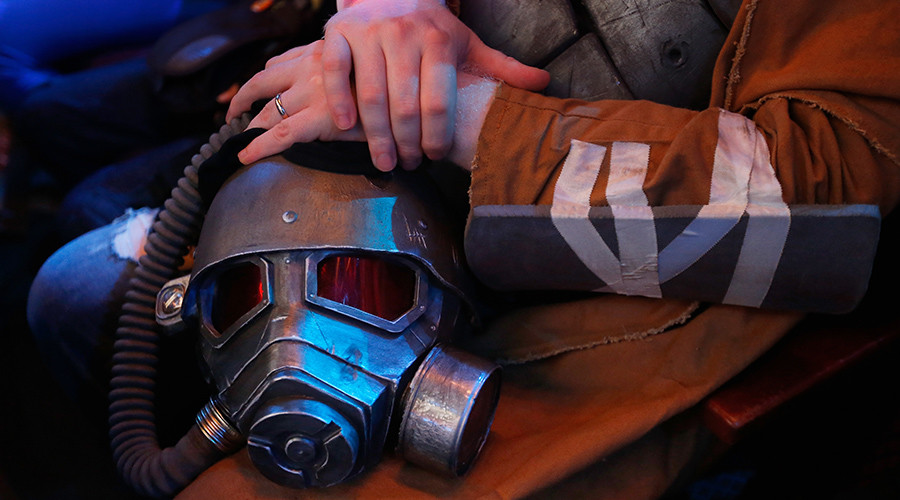 Cosplay Fallout: Gaming enthusiast swarmed by police for wearing costume